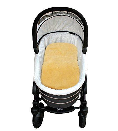 Baby-Lammfell-Schafslammfell-Kinderwagen-u-BuggyHeitmann-Felle-0