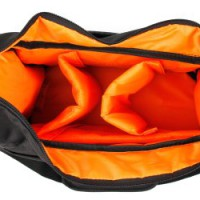 Robuste-Babytasche-fr-Ihr-Baby-und-Wickelzubehr-mit-herausnehmbaren-Trennfchern-0-0